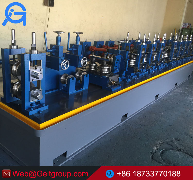 Automatic carbon steel pipe making machine