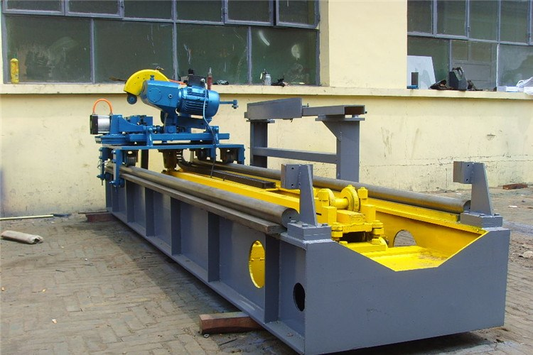flying-saw-ERW-pipe-mill.jpg